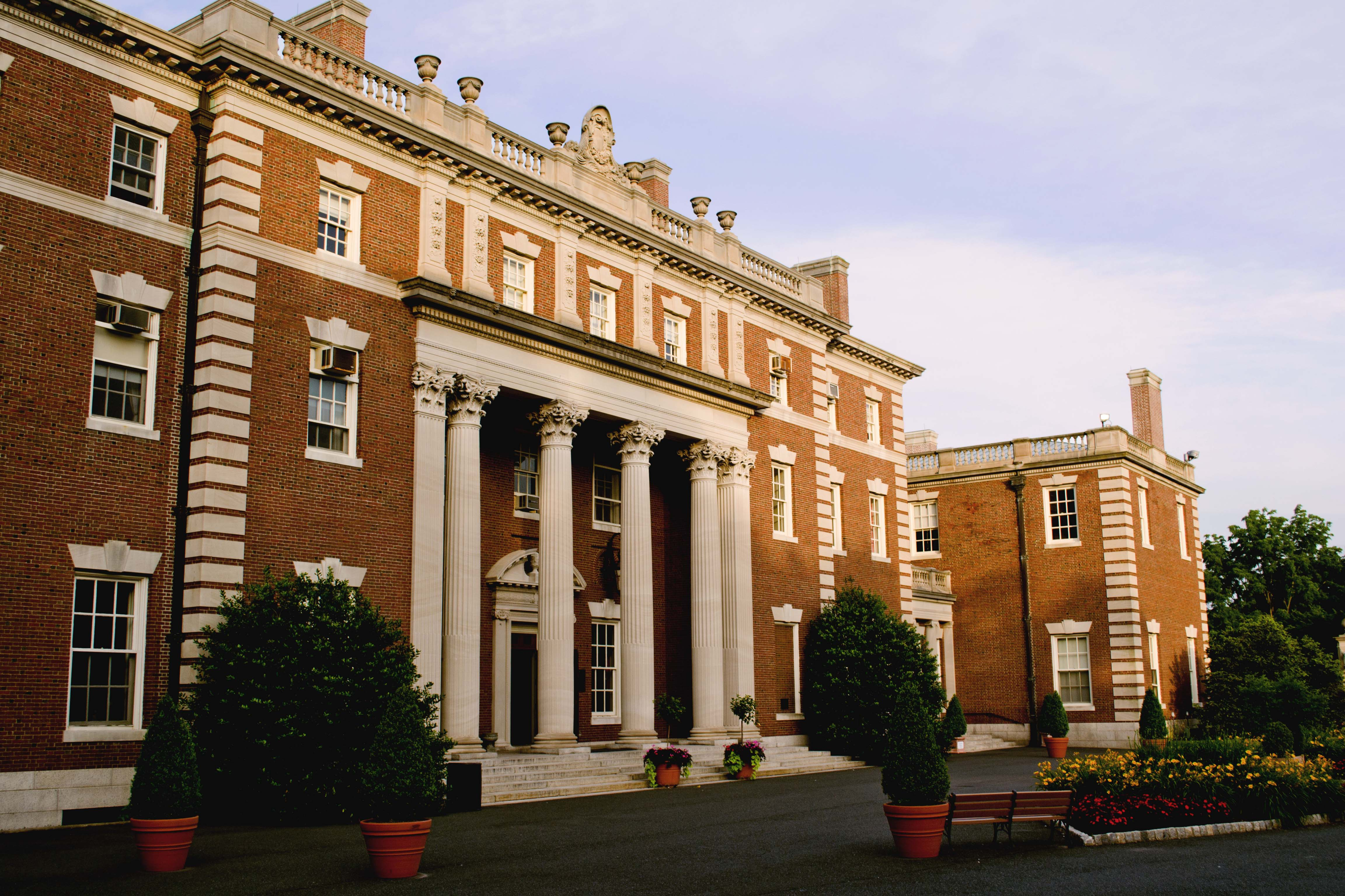 Fairleigh Dickinson University Bound 4 College